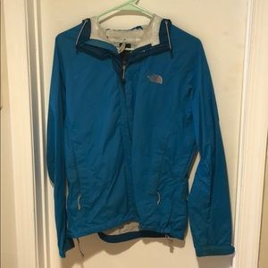 North face rain jacket size small, heavily worn